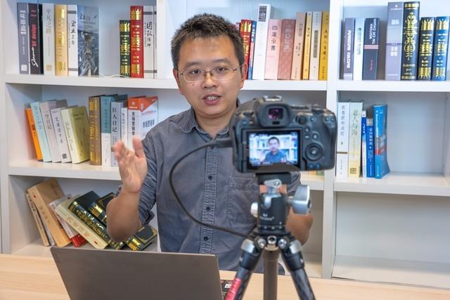 佳能用于相机直播的电脑软件:佳能EOS Webcam Utility